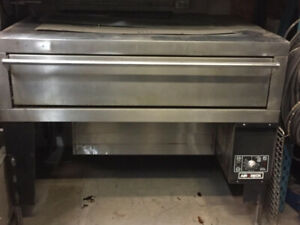 Garland Pizza Oven Gas like new