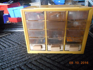 12 diff size of plastic parts cabinets and accessories Kitchener / Waterloo Kitchener Area image 5