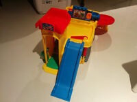 Garage Fisher Price Little People Ramps Around