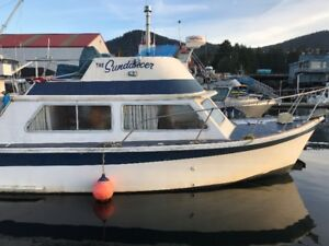 Always wanted to own a boat? Here's your chance - estate sale
