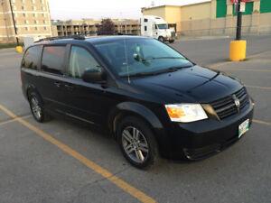 2010 Dodge Caravan SE Plus Minivan, Van