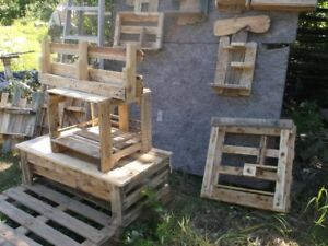 Wooden  pallets  furniture
