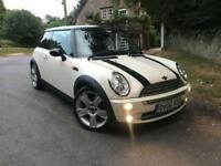 2006 Mini Cooper , 12 months MOT, nice and tidy