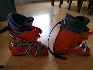 Head EZ ON 8.5 Orange Ski Boots Size 27.5 (Made in Italy)