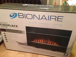 "BIONAIRE  ELECTRIC  FIREPACE HEATER 180$ ---40"" LED,  NEW."