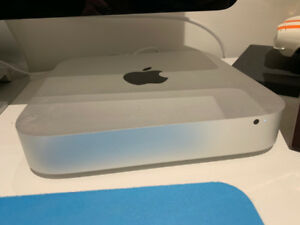 Apple Mac mini ( Mid 2011 ) 2.3 Ghz Intel Core i5, 8Go DDR3.
