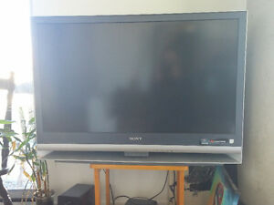 42 inch Sony LCD projection TV for sale