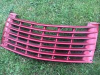 Chrysler pt Cruiser top grill - 1 x Red, 1 x Black