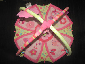 Bright Starts baby girl play mat Cambridge Kitchener Area image 3