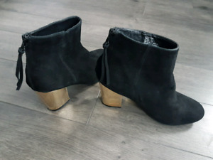 Steve Madden suede boot with gold heel