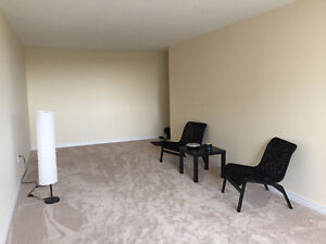 2 bedroom apartment available for sublet (5 months)