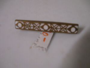 PRECIOUS OLD ANTIQUE TINY [ X & O's] GOLDTONE BAR BROOCH