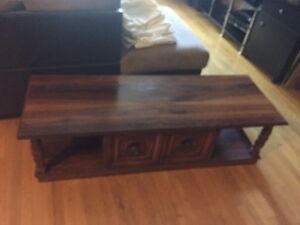 Coffee table for living room old vintage mint condition