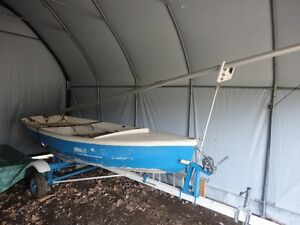 CL 11 Sailboat with Trailer