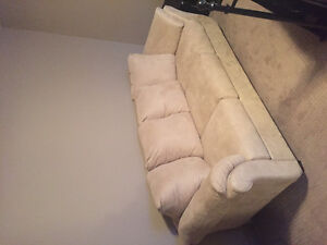 NEW COUCH **NEVER BEEN USED**