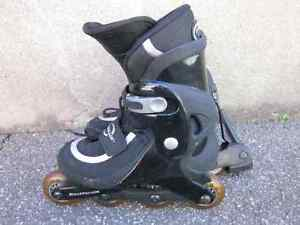 FABULOUS!!!  ALMOST NEW PAIR OF CHILD'S ROLLERBLADES