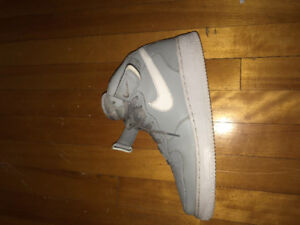 Nike Air Force One mid (used) size-10.5 men(60$)