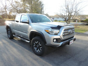 2016 Toyota Tacoma TRD Off Road Pickup Truck