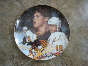 Collector Plate – 10 Pavel Bure, Gold Signature Edition