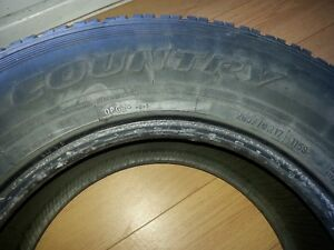 Toyo winter tires 265/70R17 West Island Greater Montréal image 3