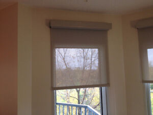 Store / Toile a Rouleaux  *** Roller Shade / Blinds