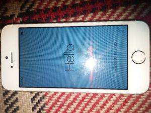 Icloud locked iPhone 5S 32gb