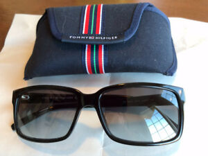 Tommy Hilfiger 1004/S Unisex Sunglasses