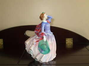 Royal Doulton Figurine Blith Morining in Pink HN2021