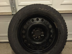 225/ 65 R 17 Goodyear Nordic Winter w/rims
