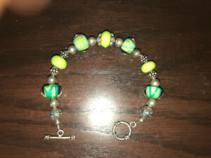 Sterling silver and glass bead bracelet