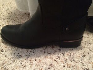 Selling tall black boots from Spring Kingston Kingston Area image 2