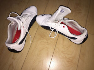 PUMA Shoes Size 9 - Almost Brand New