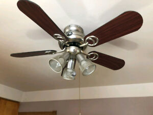 Ceiling Fan in Good Condition for sale