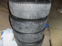 WINTER TIRES MICHELIN X ICE P215/60/17 WITH GM RIMS