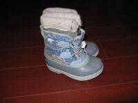 Girl's Sorel Winter Boots - Size 11