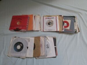 Disques 45 tours de collection.
