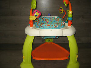 Exersaucer by bright stars with 6 toys