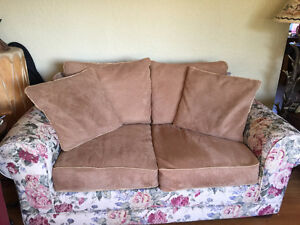 Comfy Love Seat