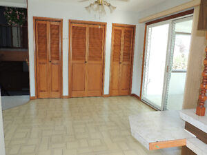 Gravelbourg House For Sale,  NEW  PRICE !!! Moose Jaw Regina Area image 3
