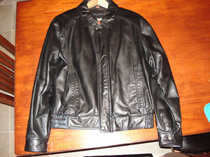 brand new Danier medium men,s leather jacket