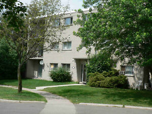 14 LEACREST COURT KITCHENER TWO BEDROOM FOR JAN/1 Kitchener / Waterloo Kitchener Area image 1