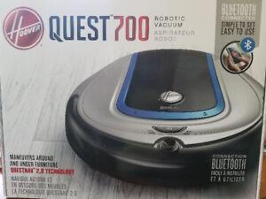 Hoover Quest 700 Robotic Vacuum
