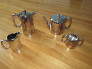 Walker & Hall Sheffield silver-plated tea and coffee set