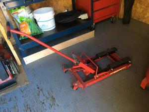Cric hydraulique(jack) pour moto ou VTT