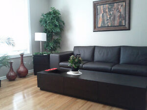 Leduc. Upstairs room. Includes Utilities and Furniture