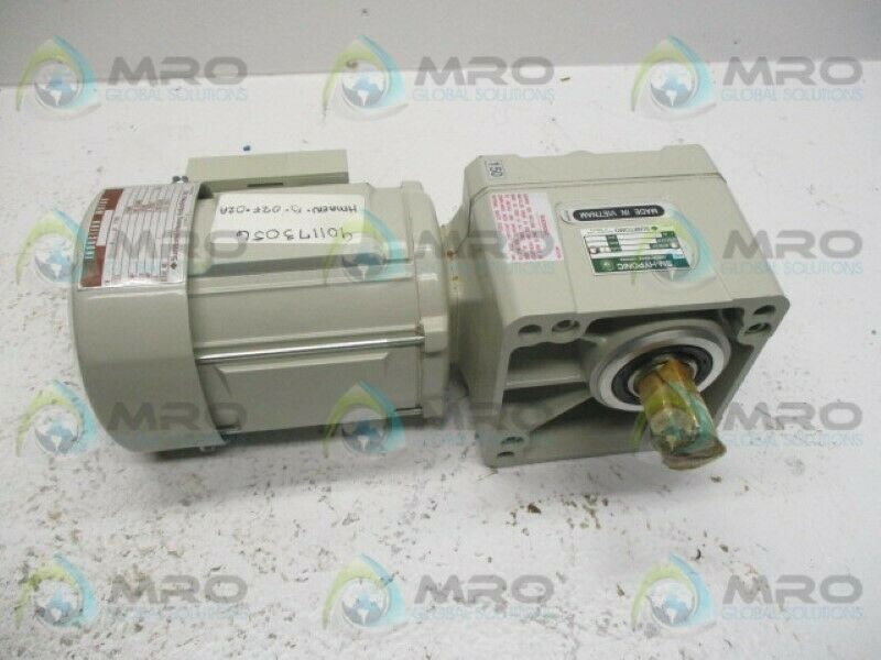 SUMITOMO RNFMS01-25R-B150 MOTOR * NEW NO BOX *