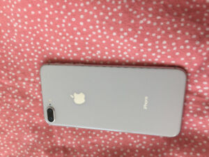 Silver iPhone 8 Plus 256gb - 10/10condition