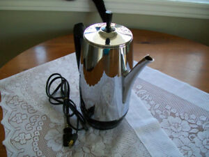Classic Westinghouse 10 Cup Coffee Percolator