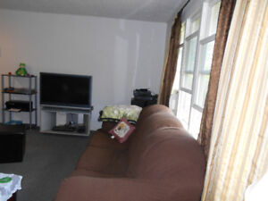VERONA COUNTRY:3 BDR  BUNGALOW for Rent  : Move in Ready