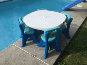 Ensemble table et chaises Little Tikes enfant